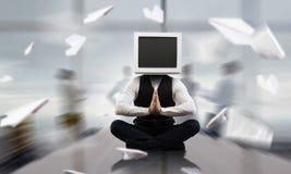 Problème de dépendance de télévision Media mélangé photo stock