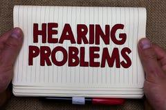 Problem för utfrågning för handskrifttexthandstil Begreppsbetydelsen är partisk, eller den sammanlagda oförmågan att lyssna till  arkivbild