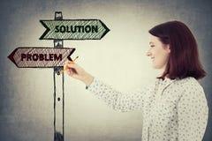 Problem vs lösning Fotografering för Bildbyråer