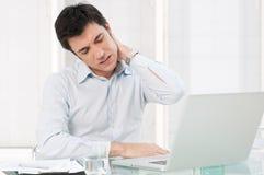 Problema de saúde no trabalho de escritório Imagens de Stock Royalty Free