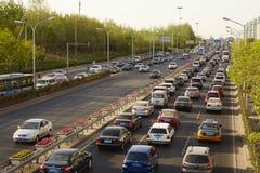 Problema de tráfego aglomerado, Pequim foto de stock