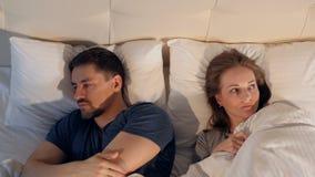 Problema nelle relazioni, coppie della famiglia nella crisi Primo piano 4K stock footage