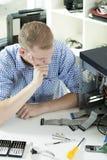 Problemas durante o reparo do computador Imagem de Stock