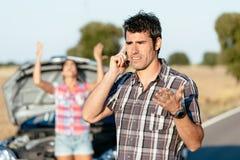 Problèmes de voyage de route de voiture Photo stock