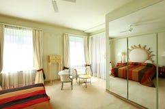 Procès confortable, chambre à coucher Photo stock