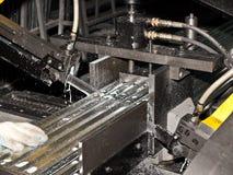 Procédé en acier de découpage. Photo libre de droits