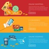 Procédé en ligne de transactions commerciales électroniques de bannières d'achats Images libres de droits