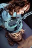 Procédures de cosmétologie Photos libres de droits