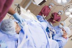 Procedimento de sofrimento paciente da recuperação do ovo Foto de Stock