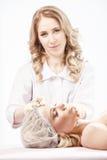 Procedimentos da cosmetologia Foto de Stock Royalty Free