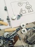 Procedimiento de montaje de los muebles Imagen de archivo