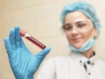 Procedimiento médico del análisis de sangre Foto de archivo libre de regalías