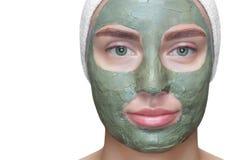 Procedura dla stosować maskę od gliny twarz piękna kobieta Zdjęcie Stock