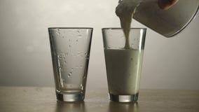 Proces butelkować napoje i szkła zbiory wideo