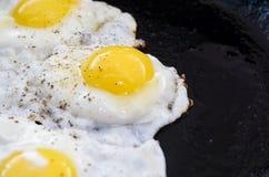 Proces kucharstwa smażący jajka Obrazy Stock