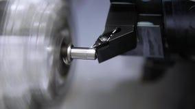 Proces om metaal te snijden stock footage