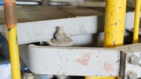 Proces produkcji łączyć betonowych brukarzy dla drogowej powierzchni pokrywy Fabrykować chodniczek w postaci zbiory wideo