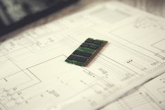 Procesador del verde del microchip fotografía de archivo