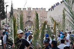 Procesión de Domingo de Ramos en Jerusalén Imagen de archivo libre de regalías