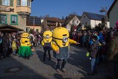 Procesión de la calle en el carnaval alemán Fastnacht Imagen de archivo