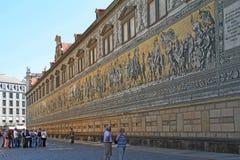 Procesión de los príncipes, Dresden del panel de la porcelana imagen de archivo