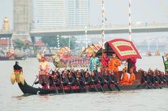 Procesión real de la lancha a remolque, Bangkok 2012 Foto de archivo libre de regalías