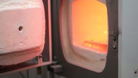 Proceso de la criatura del implante de Ceramet en el laboratorio metrajes