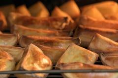Proceso de la patata de la hornada fotos de archivo