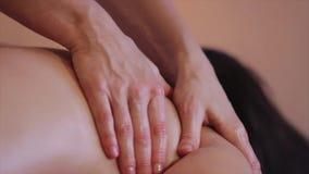 Proceso del masaje almacen de video