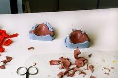 Process av tand- prosthetics för danandeakryl Royaltyfri Bild
