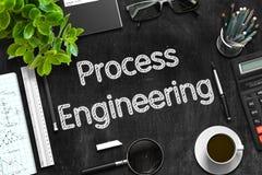 Process engineering sulla lavagna nera rappresentazione 3d Fotografia Stock Libera da Diritti