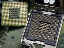 Processador central do computador com cartão-matriz imagem de stock