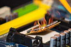 processador central do computador pessoal no fogo Fotografia de Stock Royalty Free