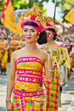 Procession of Balinese women carrying on religious offering Royalty Free Stock Photography