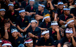 Procession carriers wait their turn during ceremony of cremation of the Queen Royalty Free Stock Images