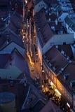 Procession till och med gatorna av staden för en dag vår dam av den Kamenita vrataen, beskyddare av Zagreb arkivbilder