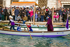 Processione di carnevale di apertura a Venezia, Italia 7 Fotografia Stock Libera da Diritti