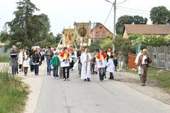 Processione religiosa al giorno di Corpus Christi. Immagini Stock Libere da Diritti