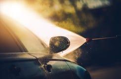 Processo de lavagem do carro fotografia de stock