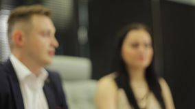Processo de trabalho na reunião de negócios video estoque
