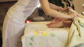 Processo di massaggio stock footage