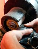 Processo di riparazione delle scarpe Immagini Stock Libere da Diritti