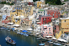 Procida, isla hermosa en el mar Mediterráneo Fotografía de archivo