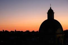 Procida kościół w słońce secie fotografia royalty free