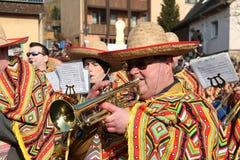 Procissão da rua no carnaval alemão Fastnacht Fotografia de Stock