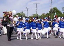 Procissão do ` s das crianças na festa Fotografia de Stock Royalty Free