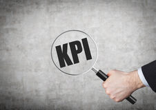 Procurando o kpi Imagens de Stock