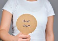 Procurando uma oportunidade nova - aprecie uma equipe nova fotografia de stock