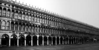 Procuratie Vecchie chez Piazza San Marco, Venise Photo stock