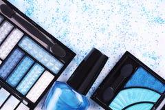 Prodotti di bellezza in blu Fotografia Stock
